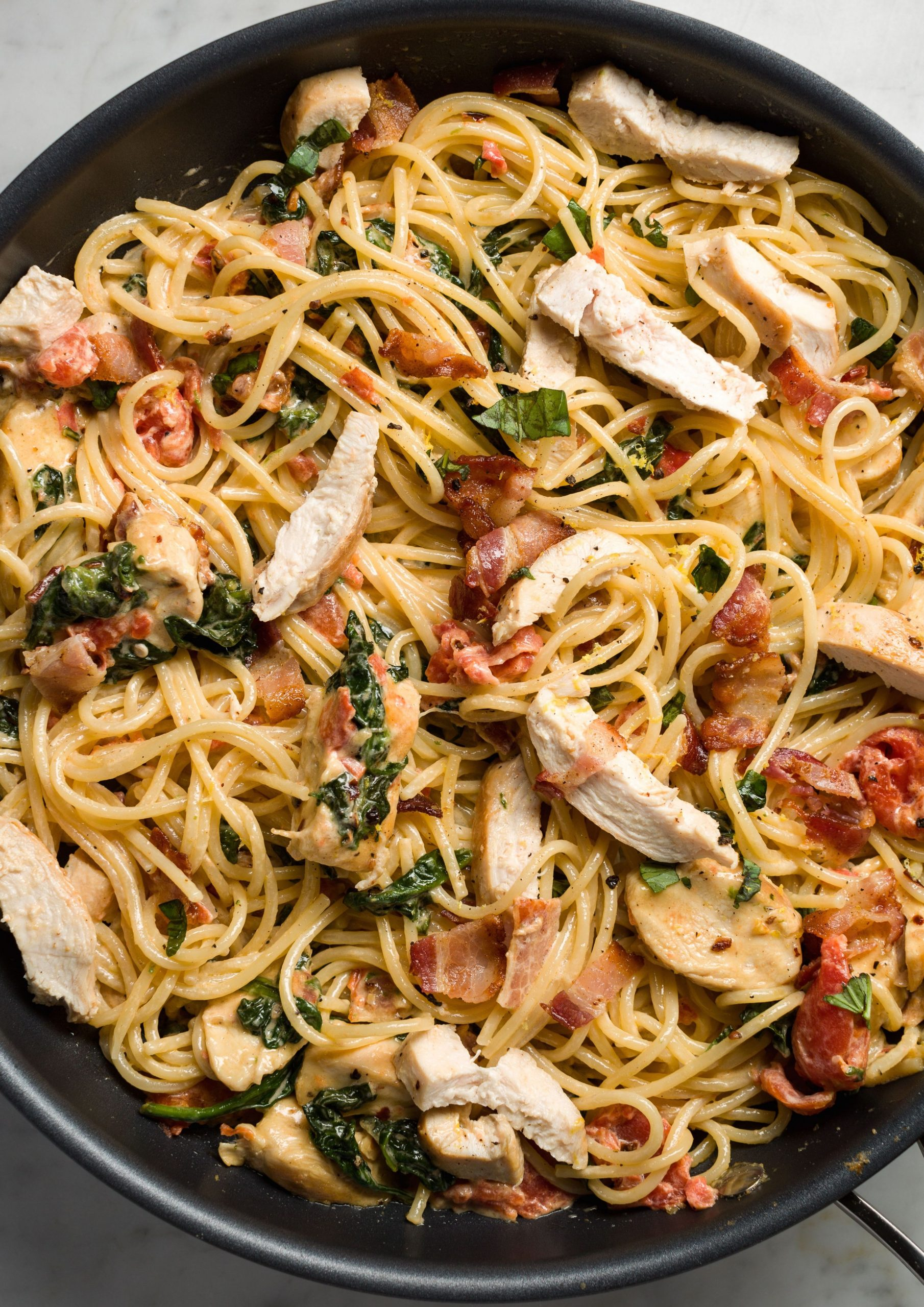 10+ Easy Chicken Pasta Recipes - Light Pasta Dishes with Chicken ...