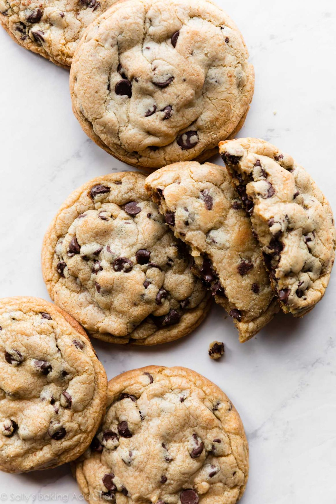10 Giant Chocolate Chip Cookies - Chocolate Chip Recipes