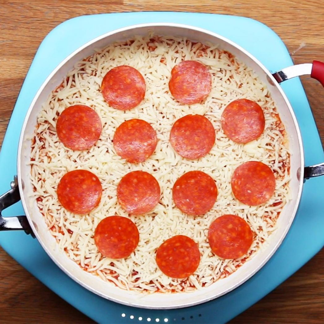 10-Minute One-Pan Pizza Recipe by Tasty