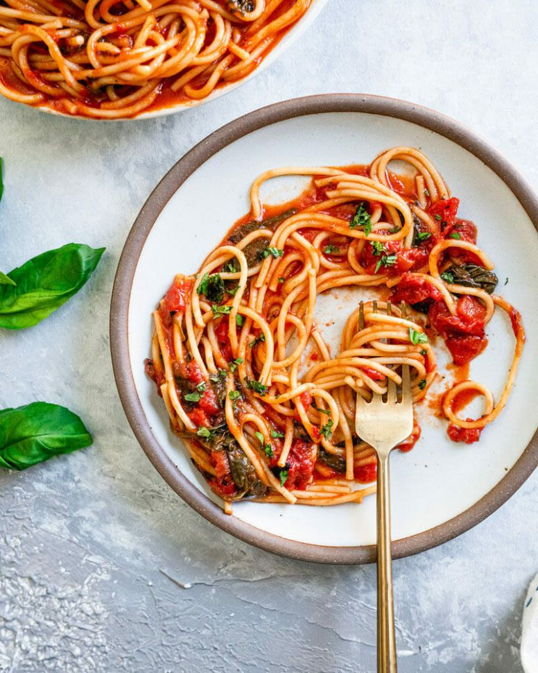 11 Easy Pasta Dinner Ideas – A Couple Cooks