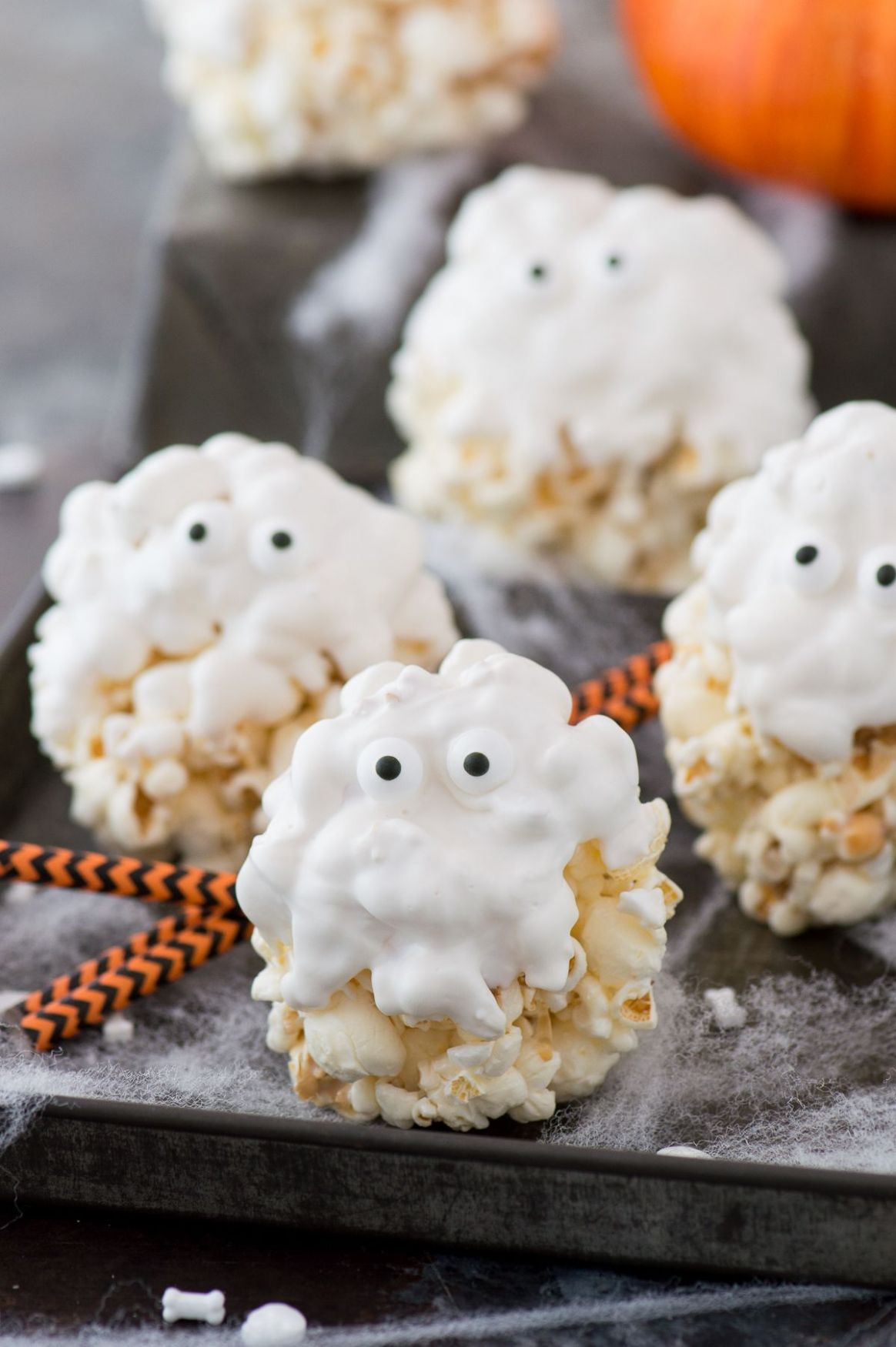 12 Best Halloween Treats - Easy Halloween Dessert Recipes