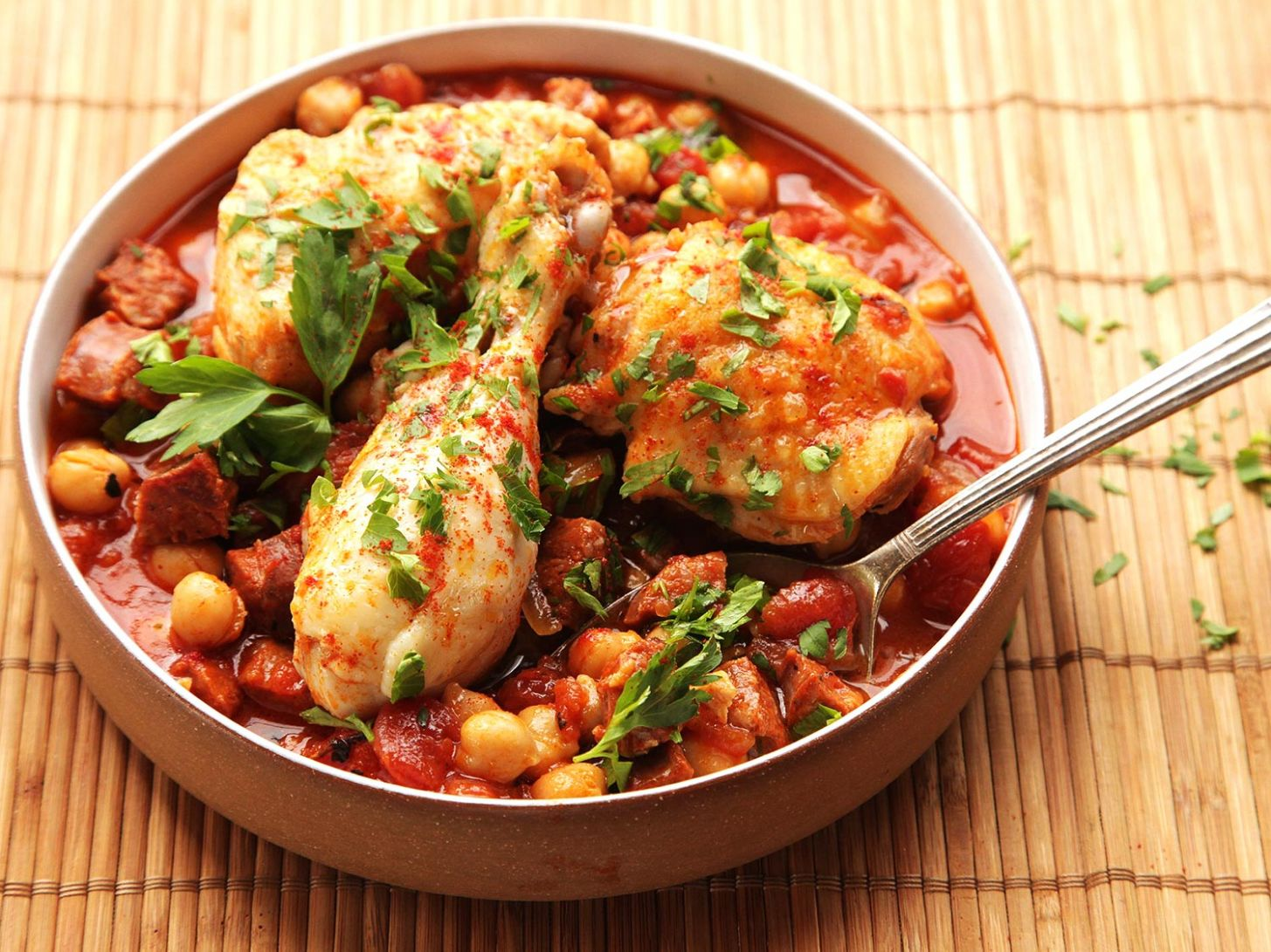 12-Minute Pressure Cooker Chicken With Chickpeas, Tomatoes, and Chorizo  Recipe - Recipes Chicken In Pressure Cooker