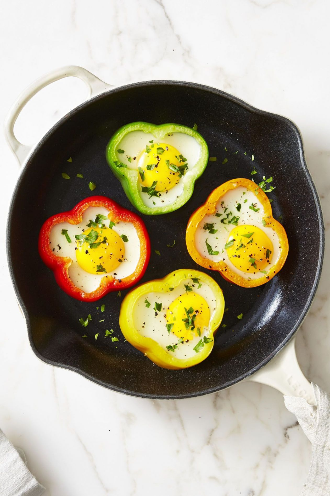 8+ Easy Egg Recipes - Ways to Cook Eggs for Breakfast