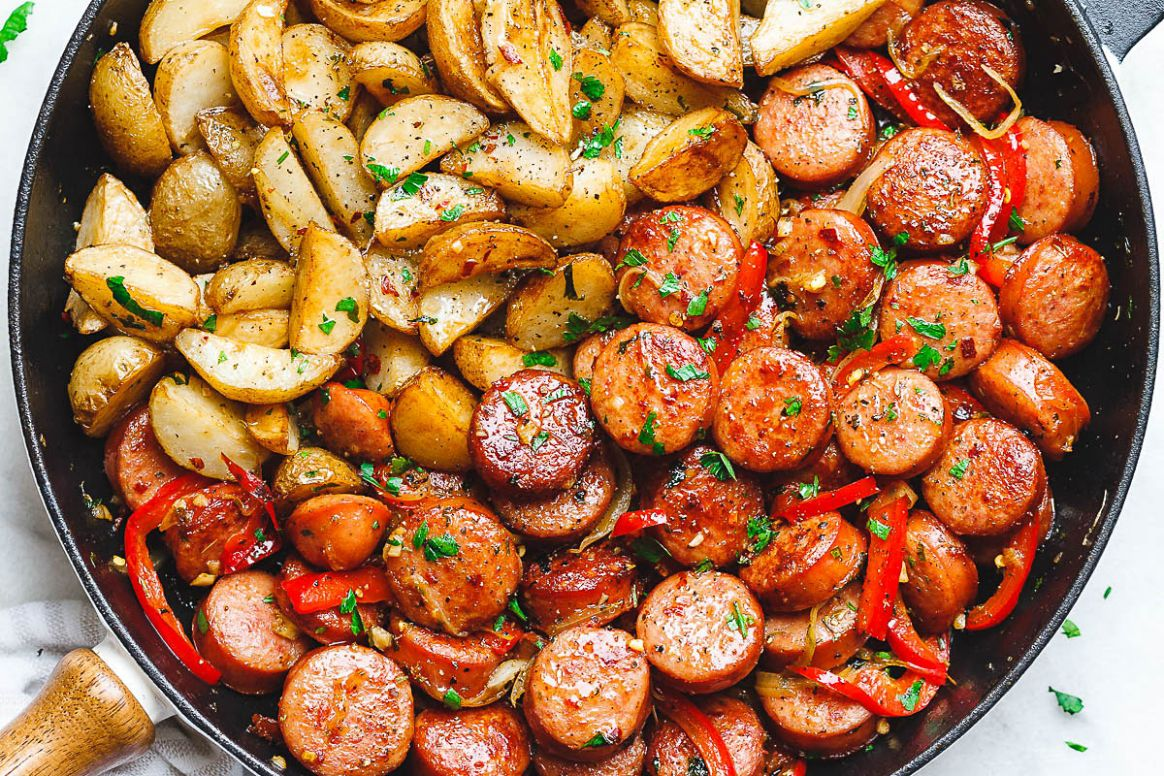 8-Minute Smoked Sausage and Potato Skillet - Recipes With Summer Sausage And Potatoes