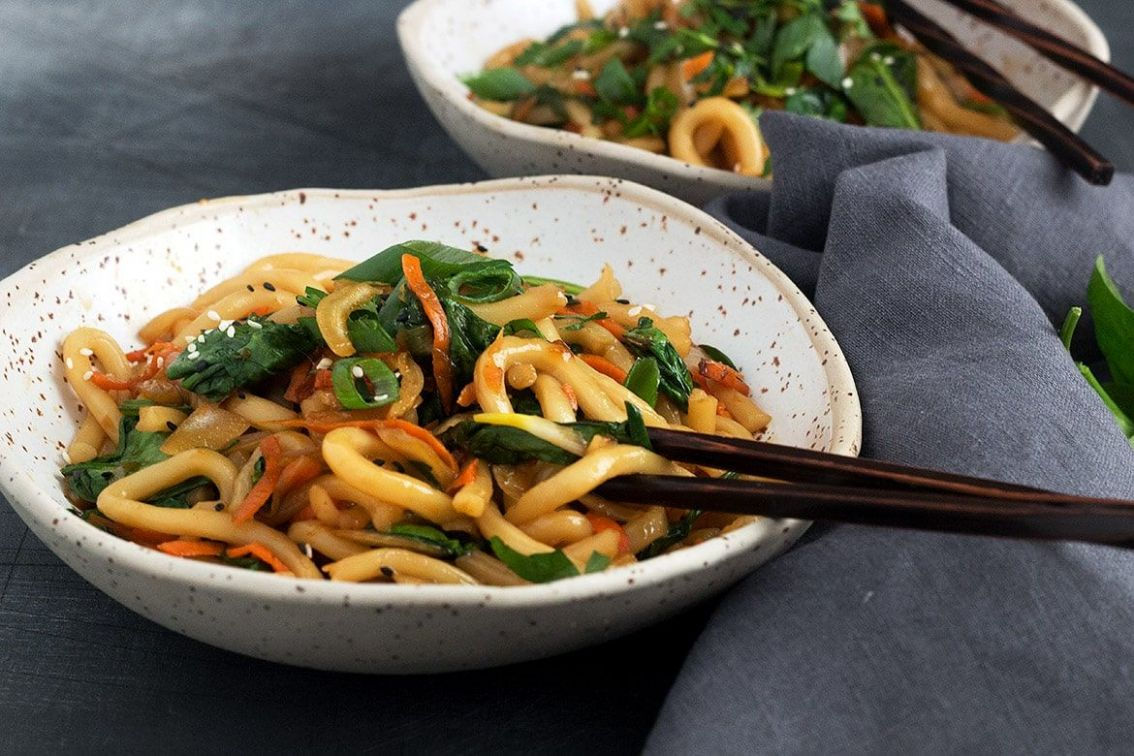 8 Minute Spicy Udon Stir Fry - Seasons and Suppers - Recipe Vegetarian Udon Noodles