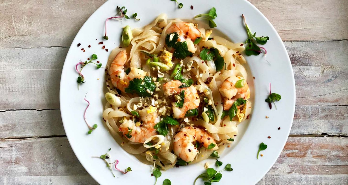 8 Recipes For Shirataki Noodles That'll Blow Your Mind (Not Your ...