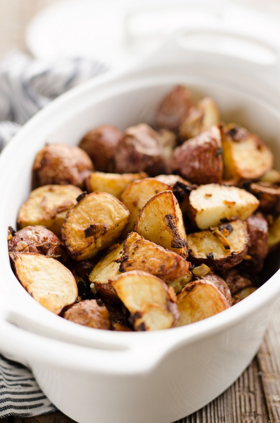 Airfryer Crispy Roasted Onion Potatoes - Potato Recipes Air Fryer