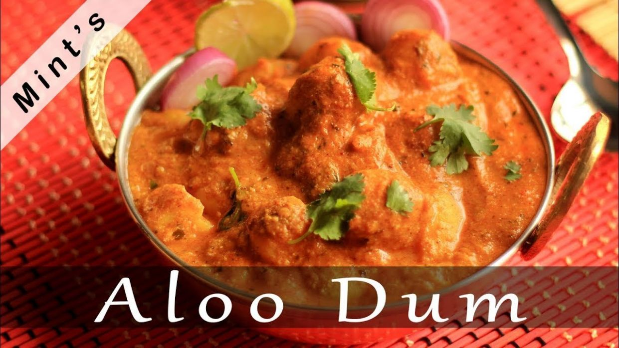 Aloo Dum Recipe in Hindi | Indian Lunch & Dinner Recipes | Kashmiri Aloo Dum - Recipes Dinner In Hindi