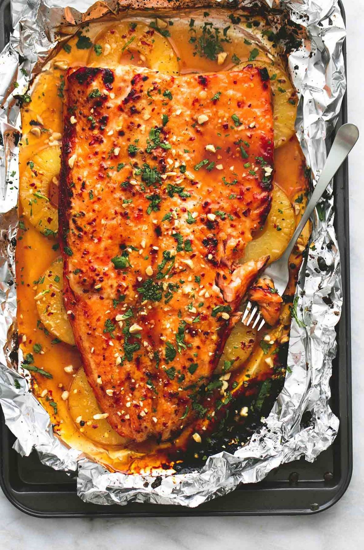 Baked Thai Pineapple Salmon in Foil | lecremedelacrumb.com | Great ..