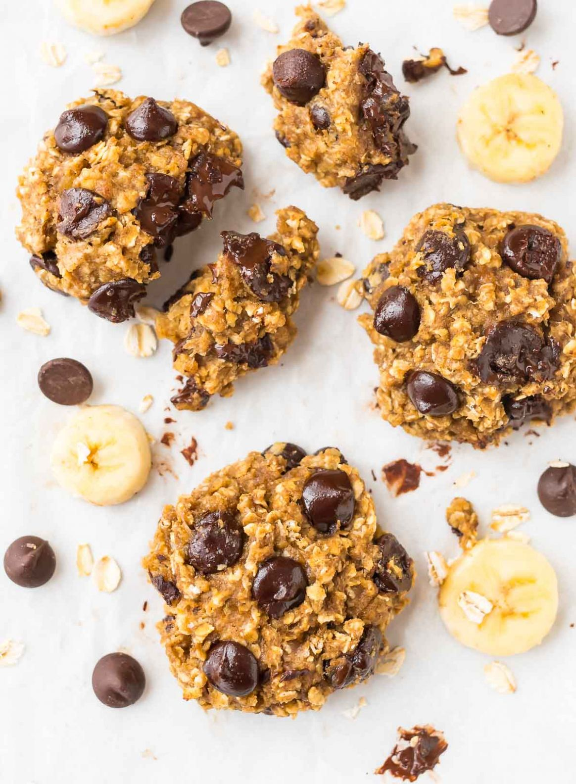 Banana Oatmeal Cookies with Chocolate Chips - Healthy Recipes With Bananas