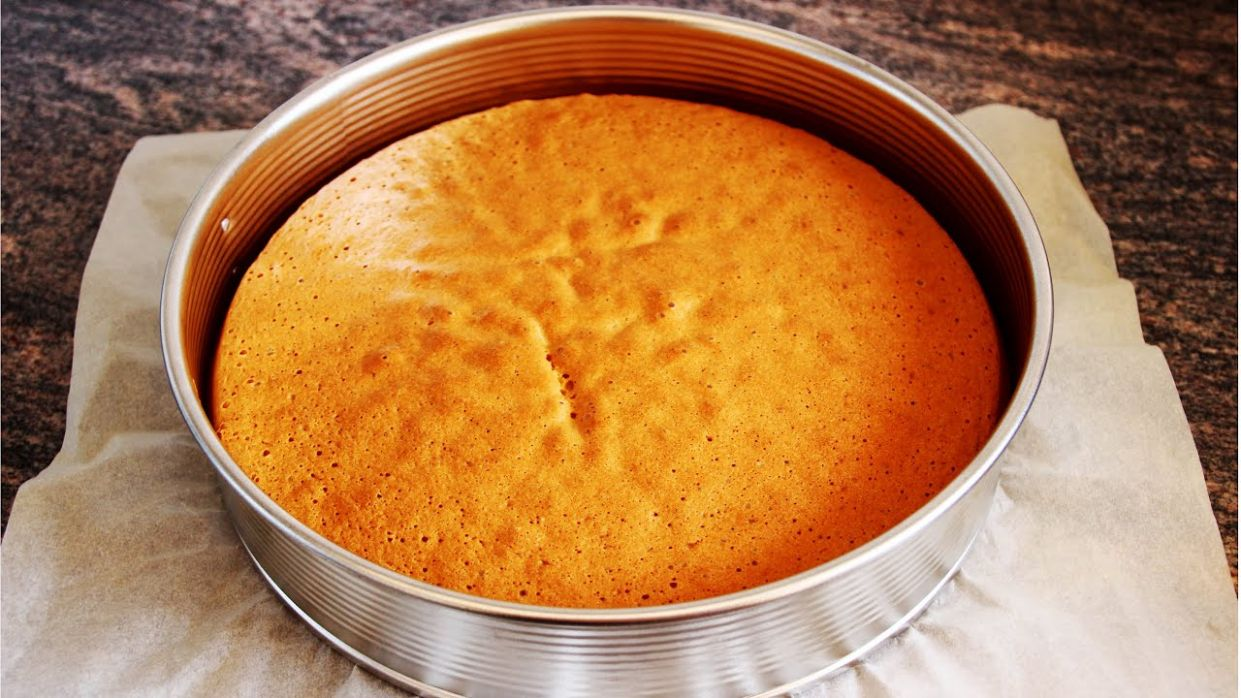 Basic Sponge Cake Base Recipe | HappyFoods - Cake Recipes Plain