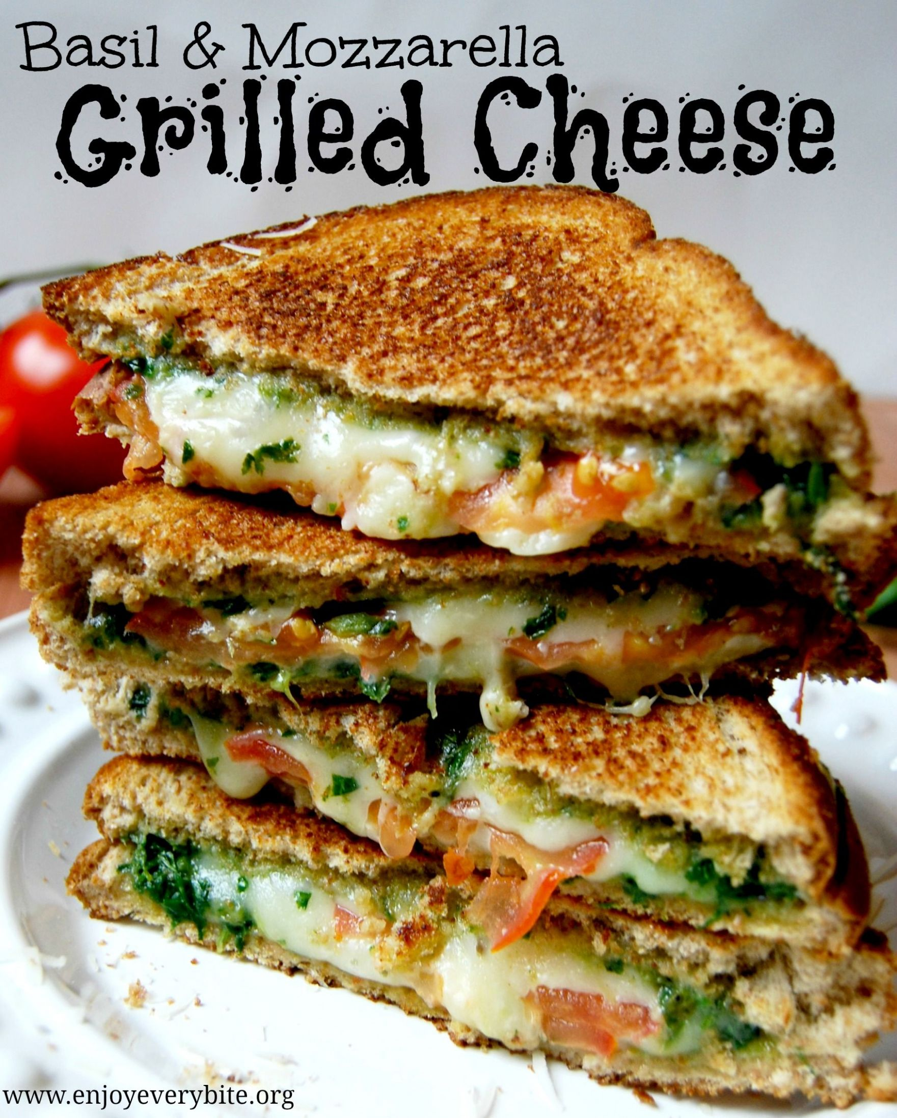 Basil Mozzarella Grilled Cheese - Sandwich Recipes Yummy