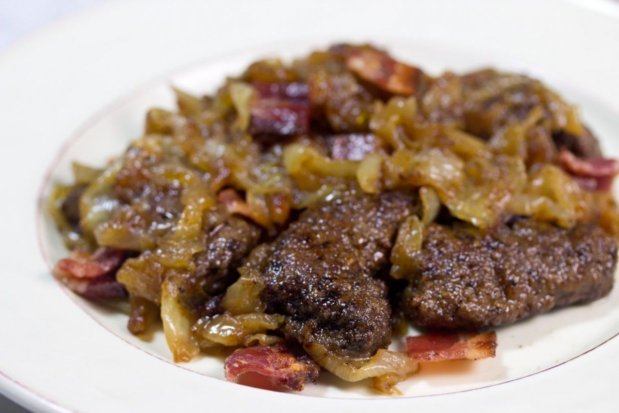 Beef Liver with Bacon and Caramelized Onions - Recipes Beef Liver Onions