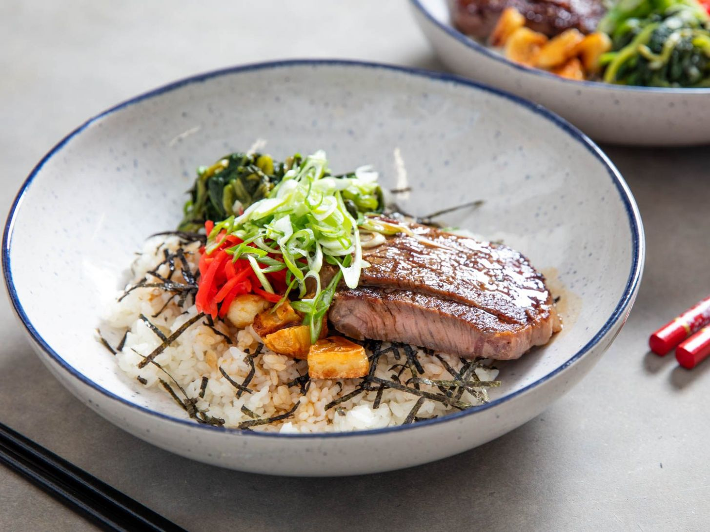 Beefsteak Donburi (Japanese Rice Bowl) With Spinach Recipe