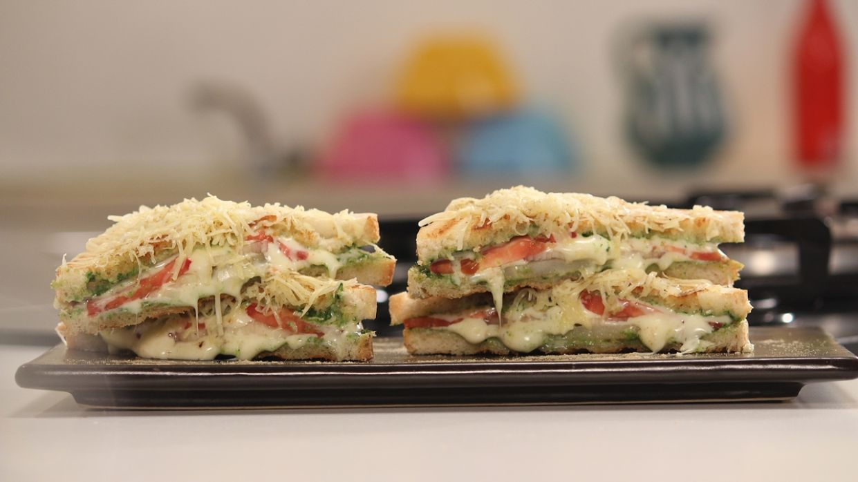 Bombay Cheese Sandwich | 8 Types of Cheese Sandwiches Chef Anupa | Sanjeev  Kapoor Khazana
