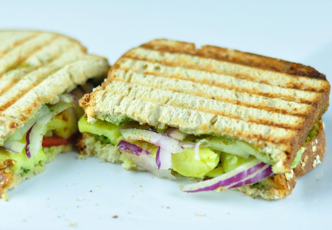 BOMBAY SANDWICH - INDIAN VEG SANDWICH