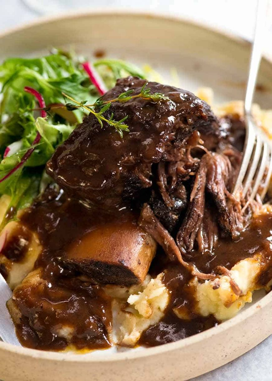 Braised Beef Short Ribs in Red Wine Sauce - Recipes Beef Ribs Slow Cooker