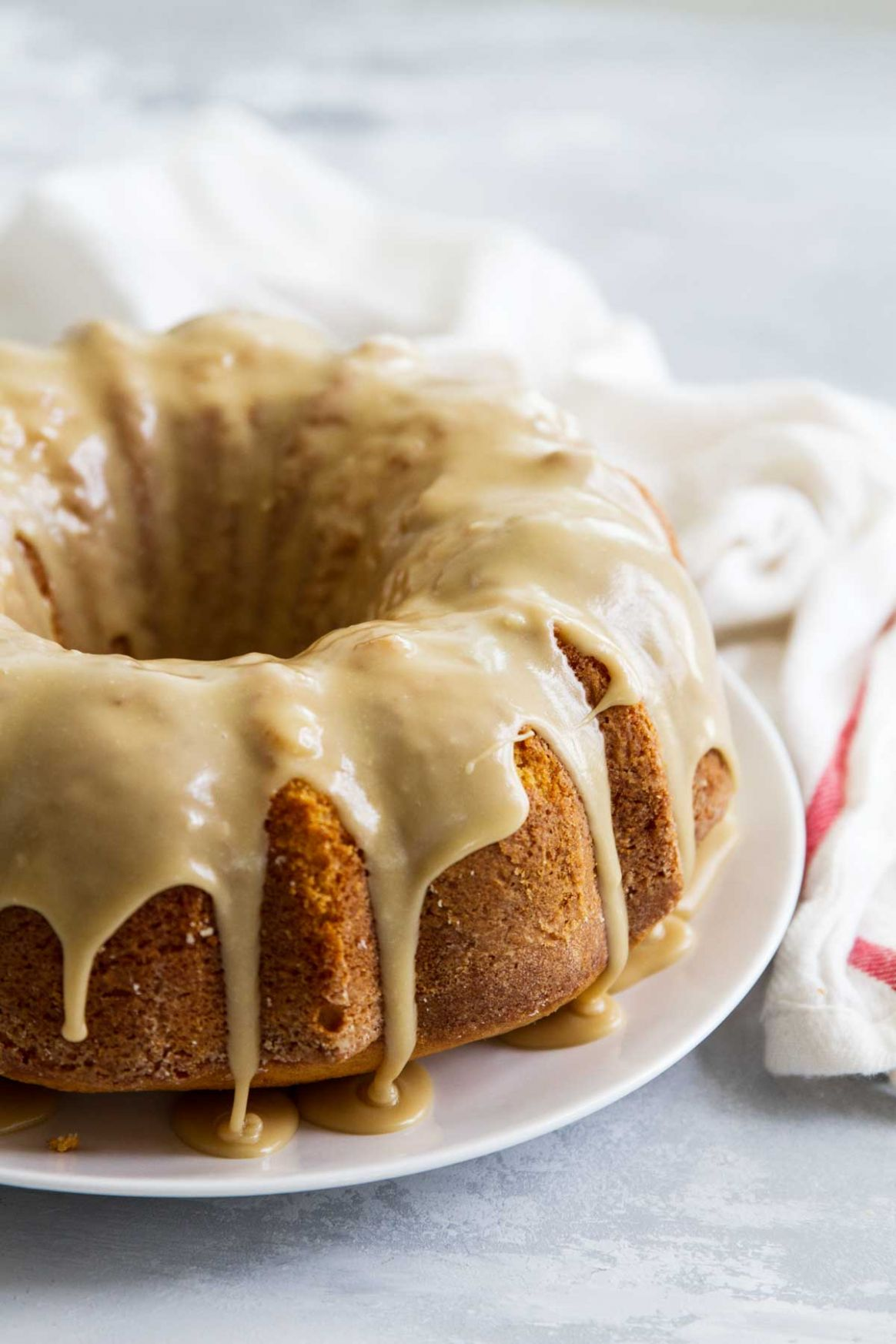 Buttermilk Pound Cake with Caramel Icing - Cake Recipes Using Buttermilk