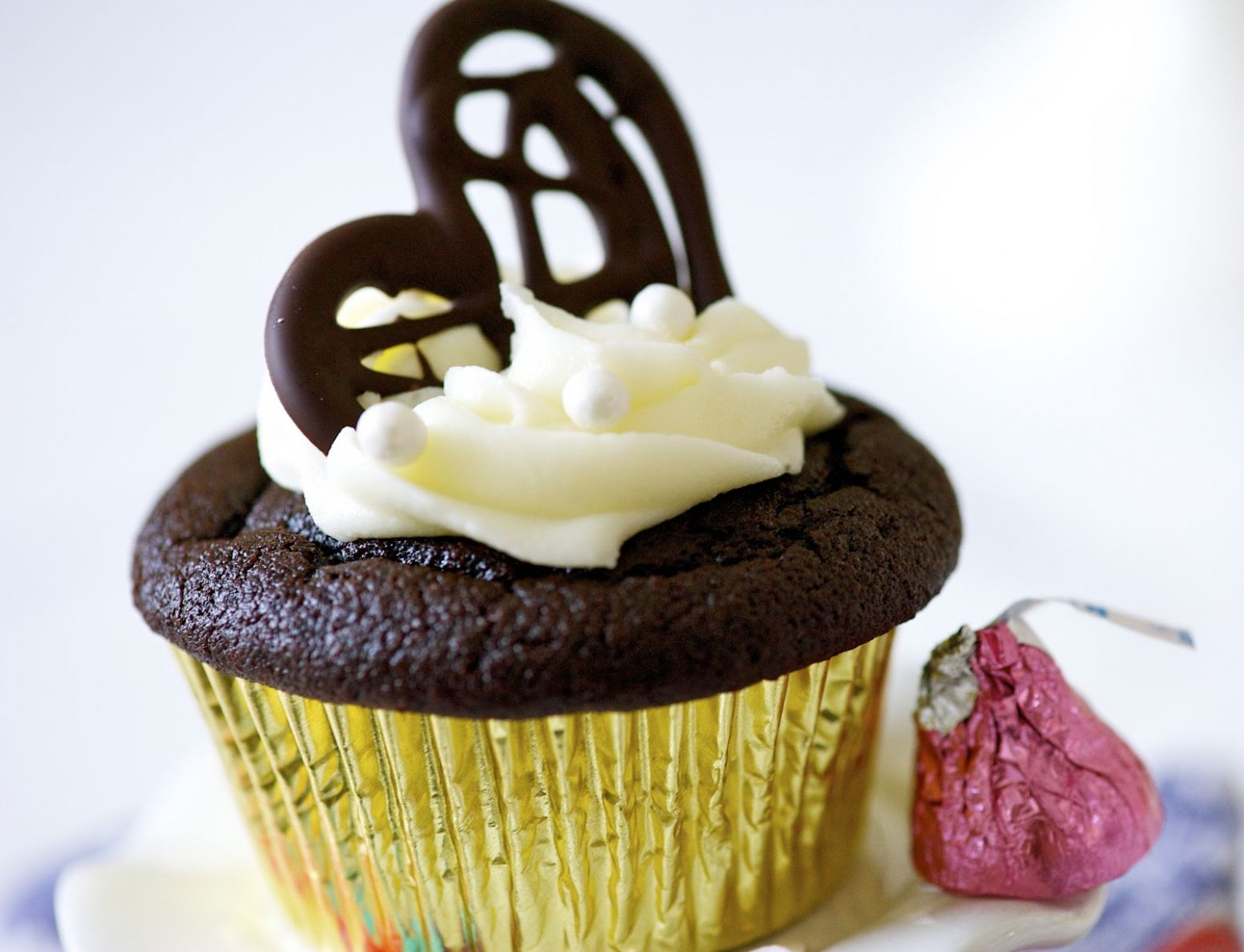 CAKE ON THE BRAIN: BEST EVER QUINOA CHOCOLATE CUPCAKES FOR ...