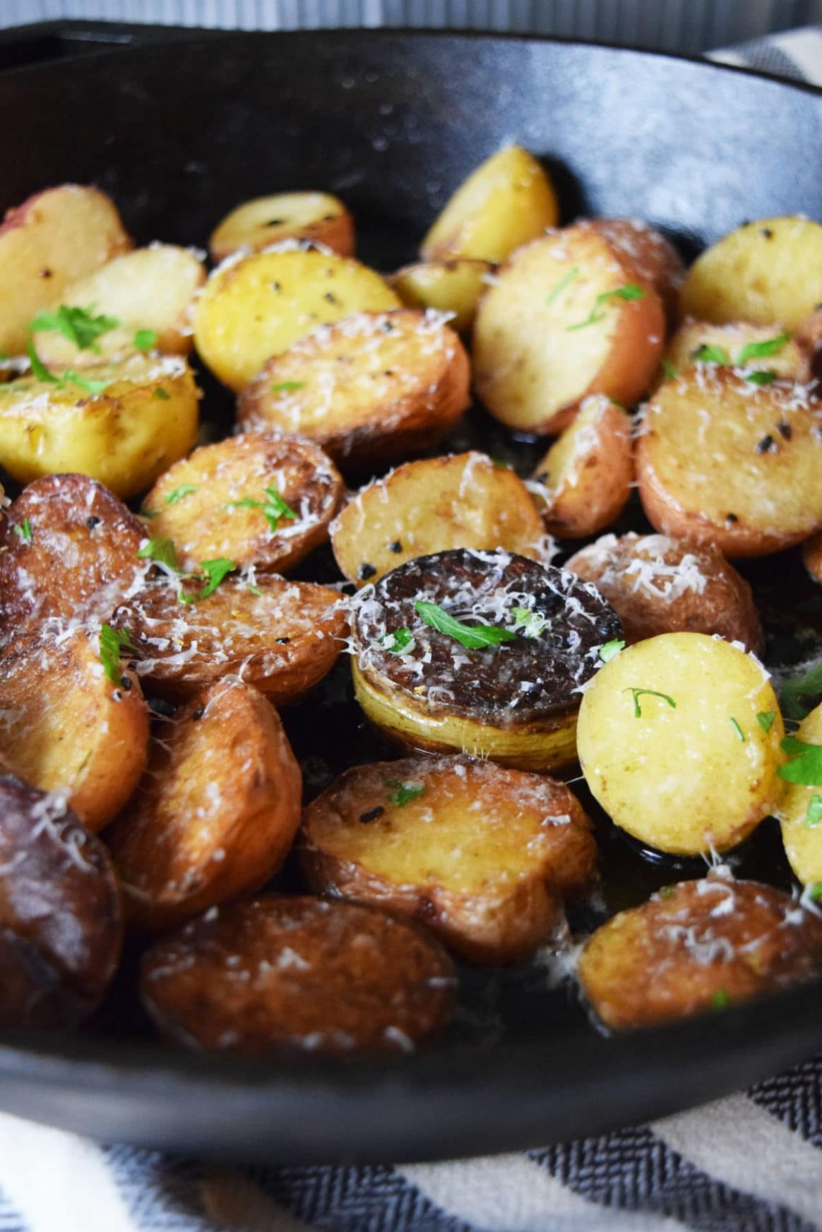 Cast Iron Skillet Garlic & Parmesan Potatoes | Soulfully Made - Potato Recipes On Stove
