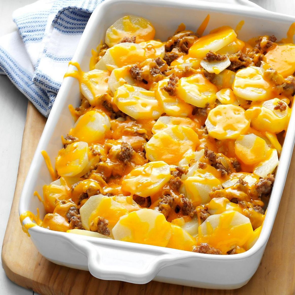 Cheesy Sausage Potatoes - Breakfast Recipes With Sausage