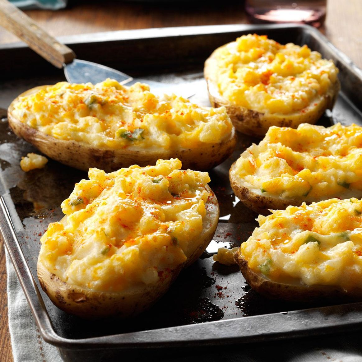 Cheesy Stuffed Baked Potatoes - Recipes Potatoes With Cheese