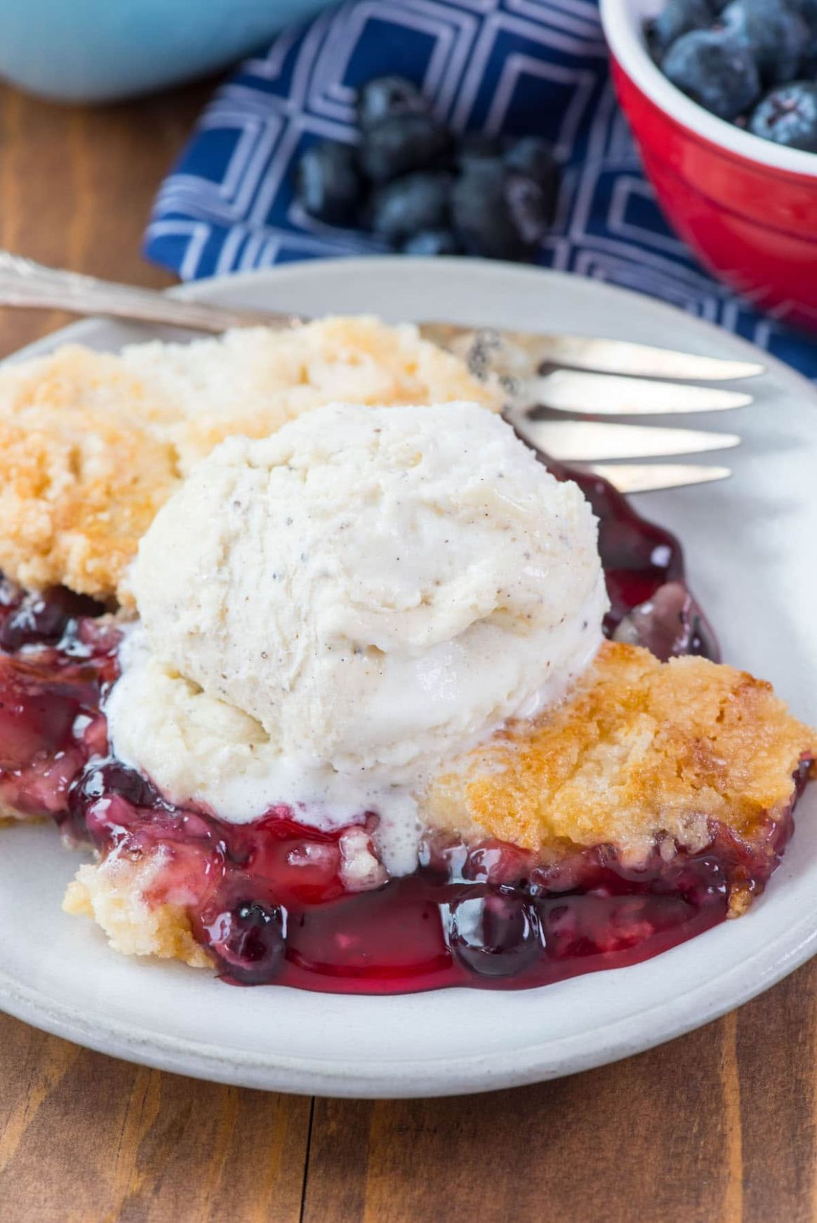 Cherry Berry Dump Cake - Recipes Dump Cake