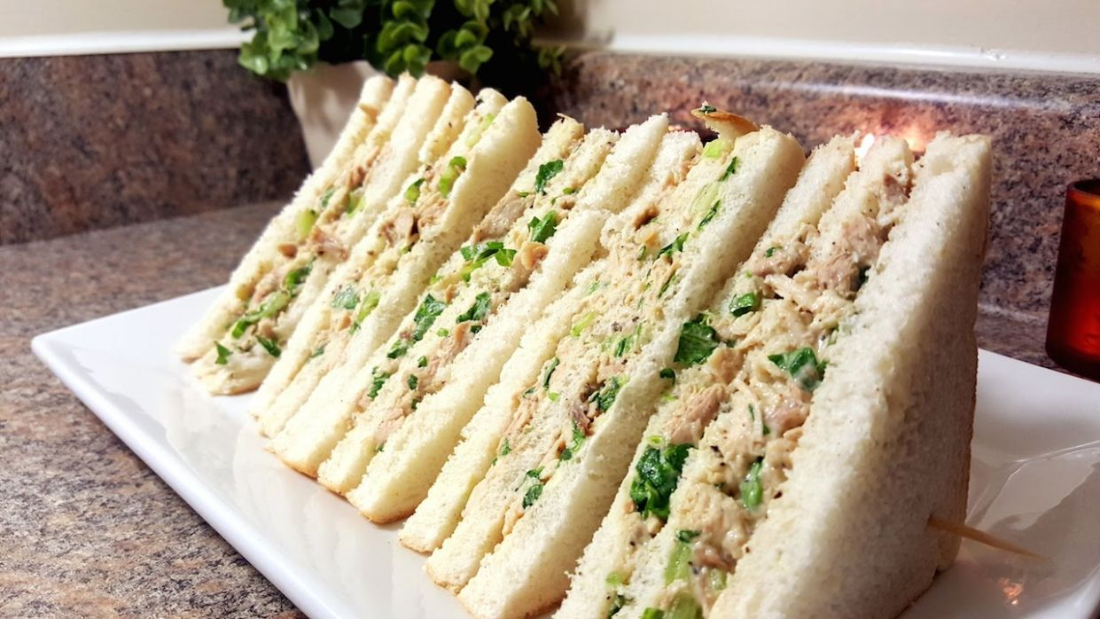 Chicken & Mayonnaise Sandwiches   Quick & Delicious Cuisine - Sandwich Recipes Yummy
