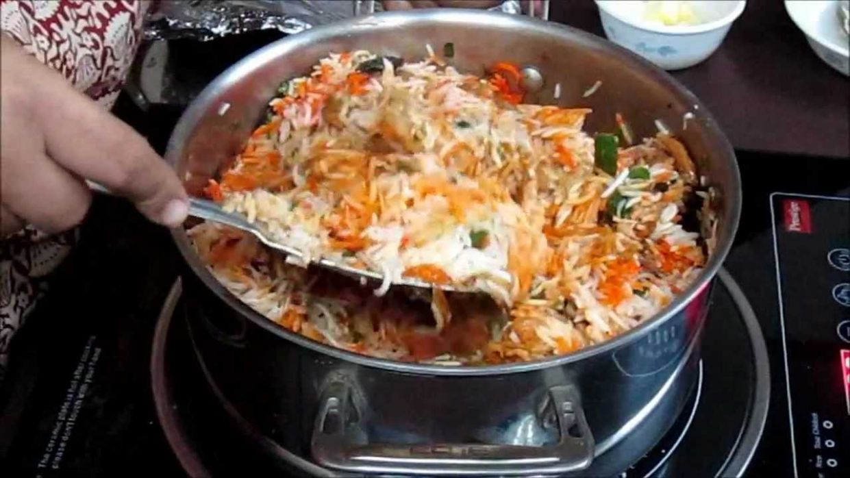 Chicken Biryani Recipe in Hindi with Captions in English - Food Recipes Videos In Hindi