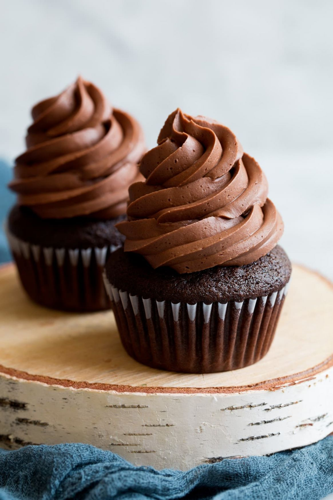 Chocolate Buttercream Frosting - Recipe Chocolate Frosting Easy