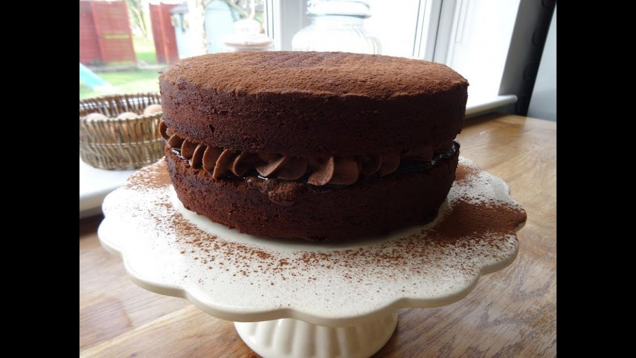 Chocolate Victoria Sponge ....how to make