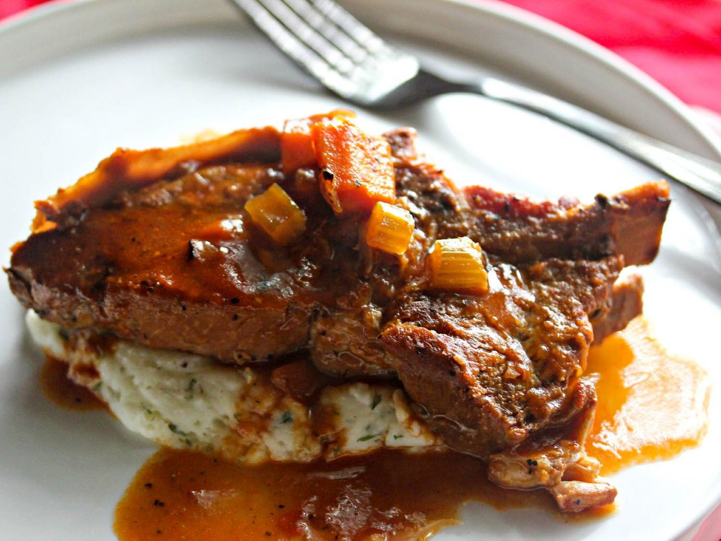 Cider-Braised Country-Style Pork Ribs With Creamy Mashed Potatoes Recipe - Recipes Pork Ribs Country Style