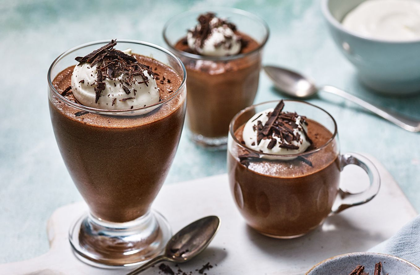 Classic chocolate mousse - Recipes Of Dessert