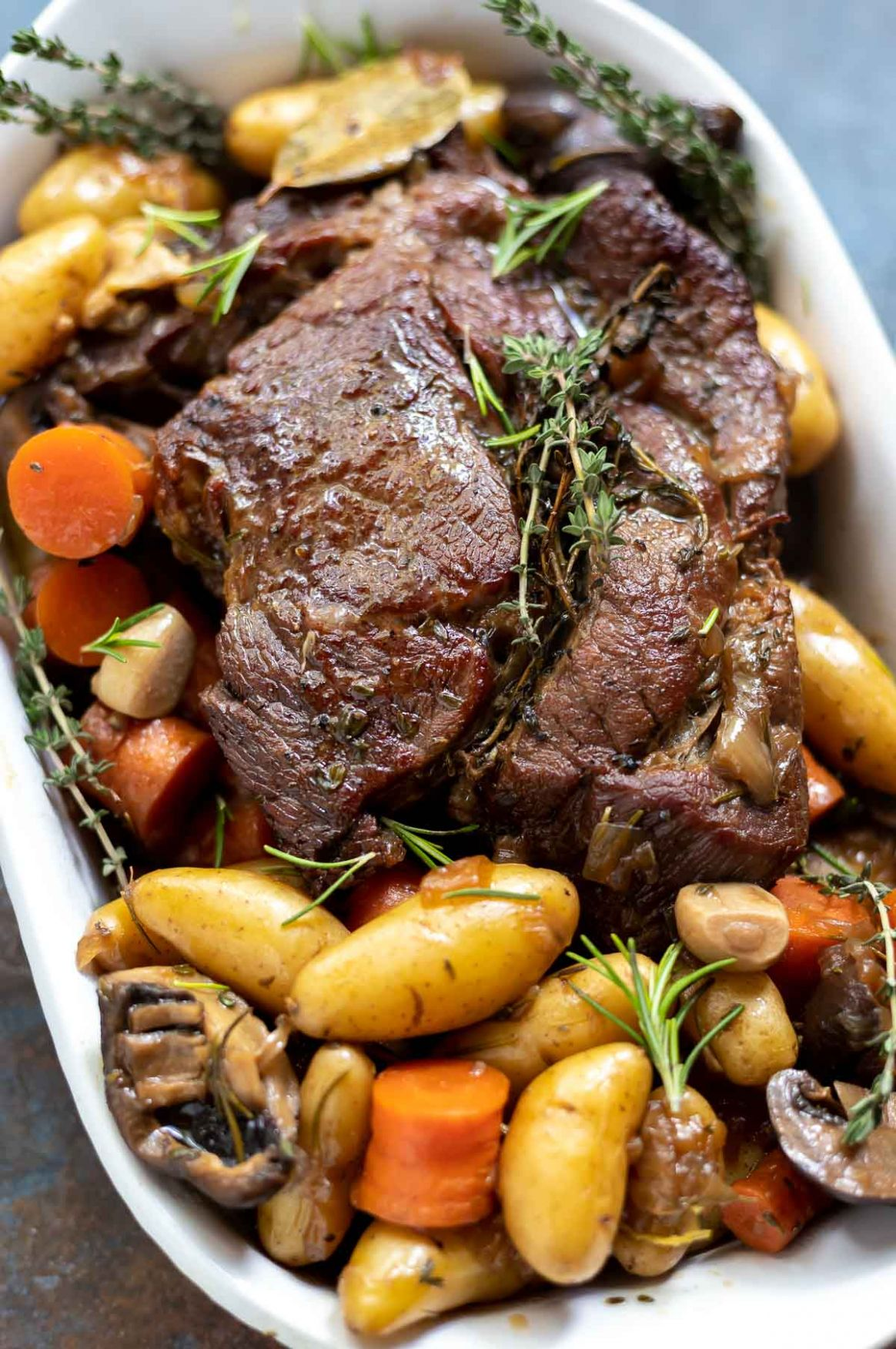CLASSIC DUTCH OVEN POT ROAST ☆ WonkyWonderful - Beef Recipes Dutch Oven