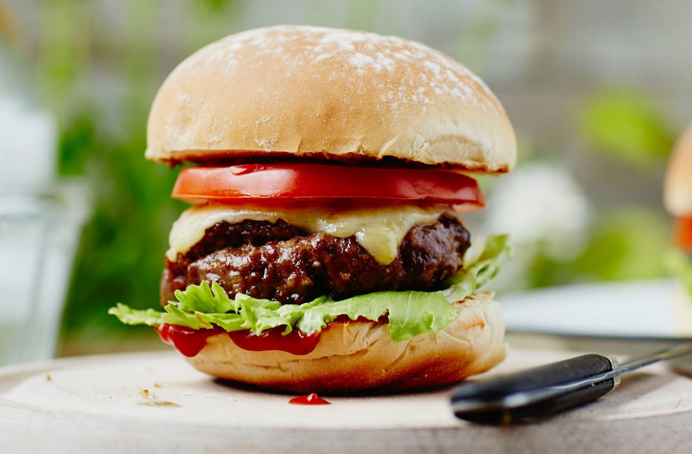 Classic homemade burger - Recipes Beef Burgers