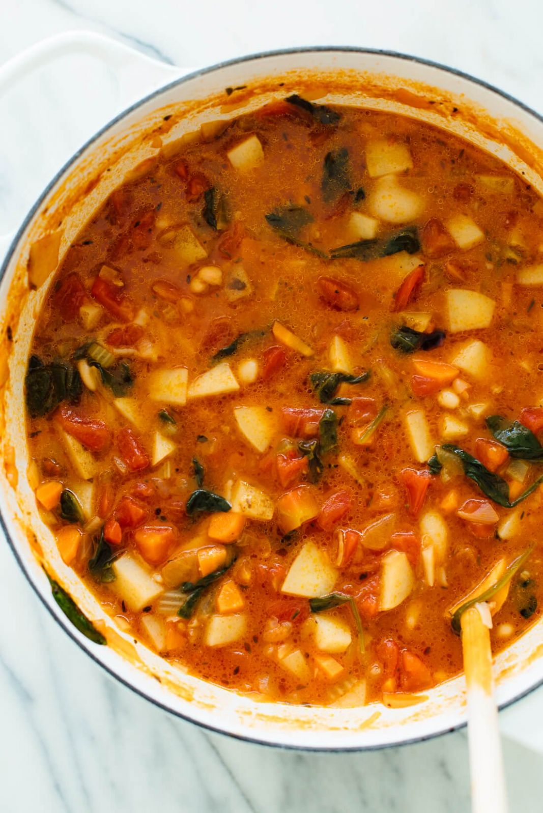 Classic Minestrone Soup Recipe - Cookie and Kate - Recipes Soup Minestrone