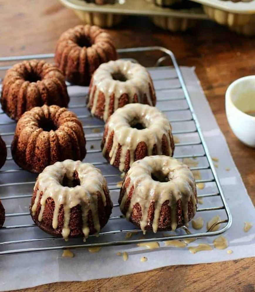 Coffee Chocolate Bundt Cakes - Vintage Kitchen - Recipe Chocolate Kahlua Bundt Cake