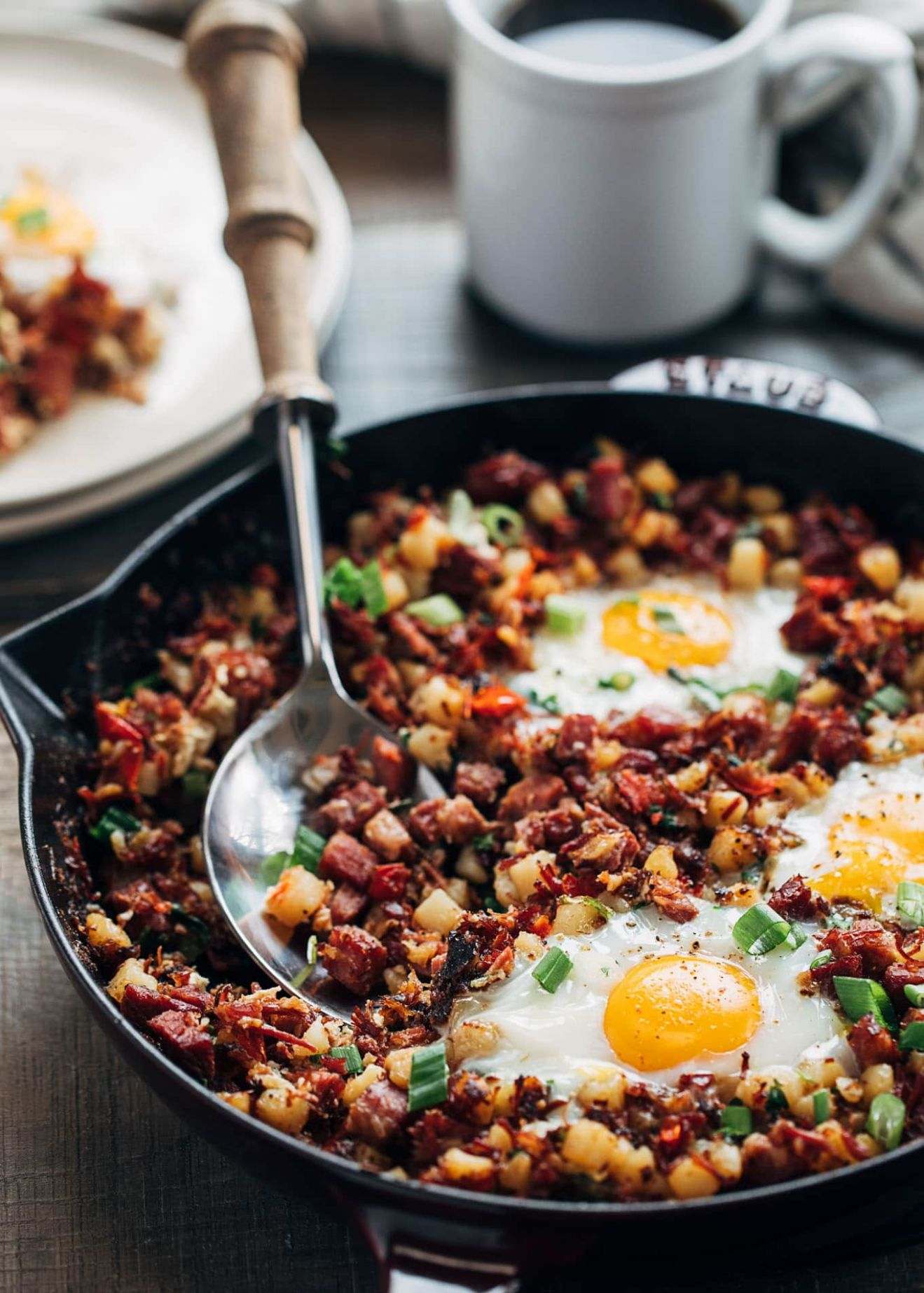 Corned Beef Hash and Eggs - Recipes Beef Hash