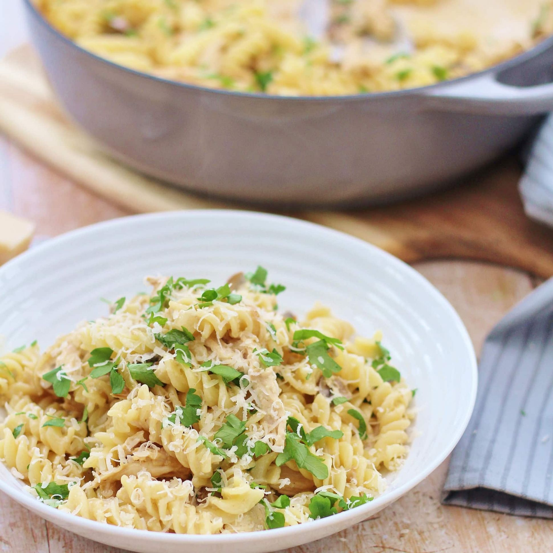 Creamy Leftover Turkey Pasta - Recipes Leftover Pasta