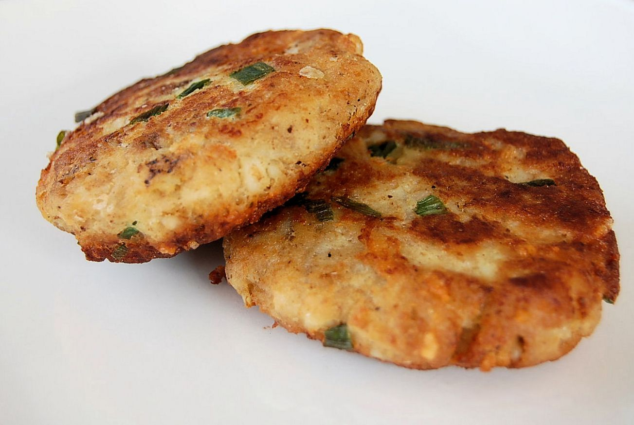 Crisp Mashed Potato Fish Cakes - Recipes Fish Patties