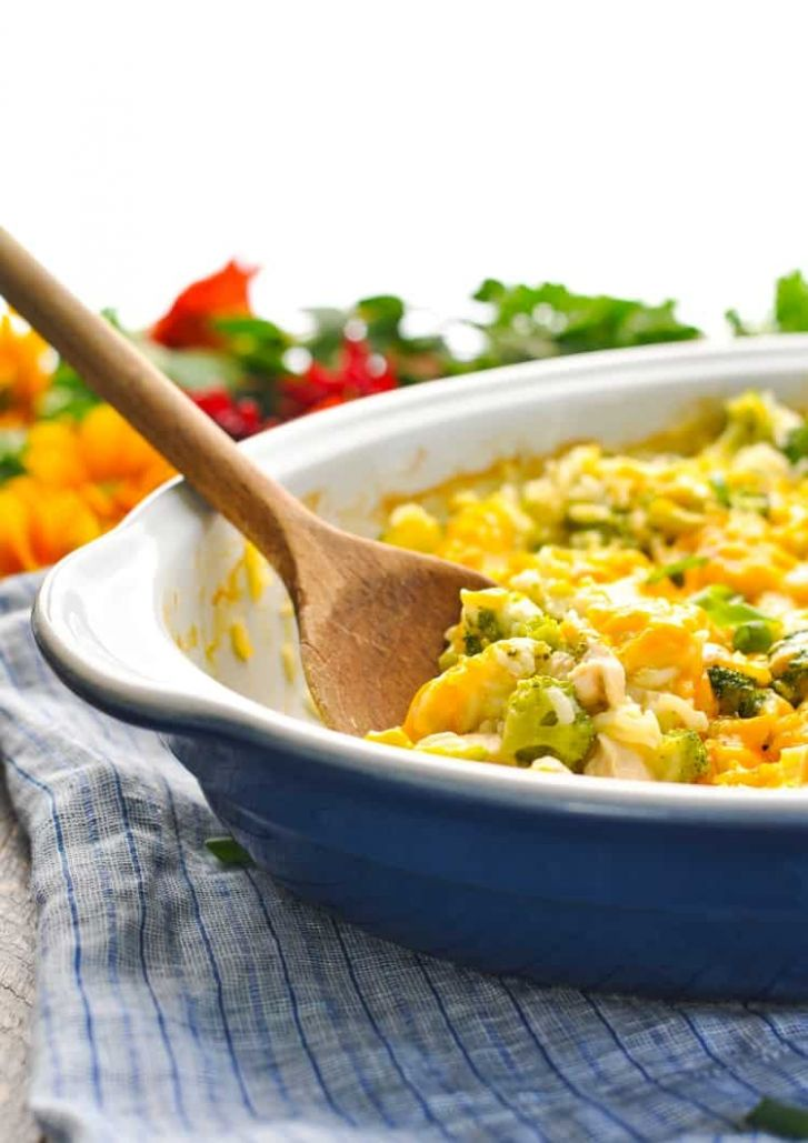 Dump-and-Bake Chicken Broccoli Rice Casserole