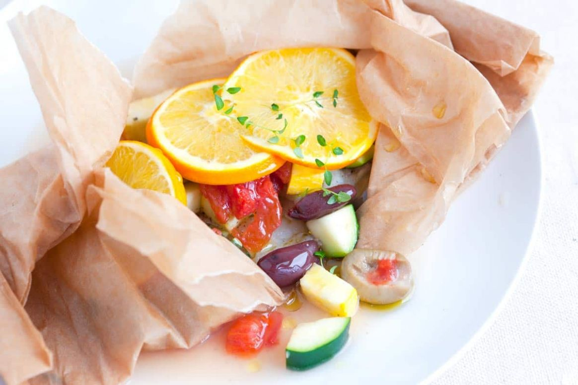 Easy Baked Fish in Parchment with Orange and Olives - Recipe Fish Orange