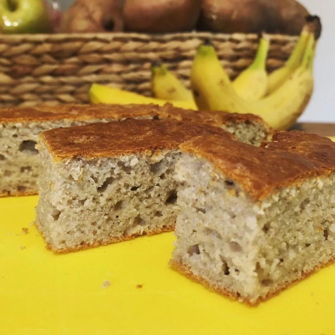 Easy banana cake recipe with plain flour ▷ Legit.ng