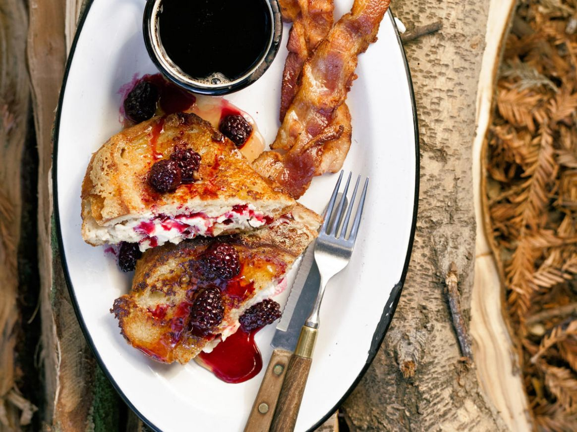 Easy Camping Meals for Breakfast - Sunset Magazine