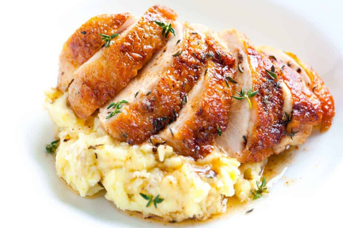 Easy Pan Roasted Chicken Breasts with Thyme - Recipes Chicken Breast Skin On