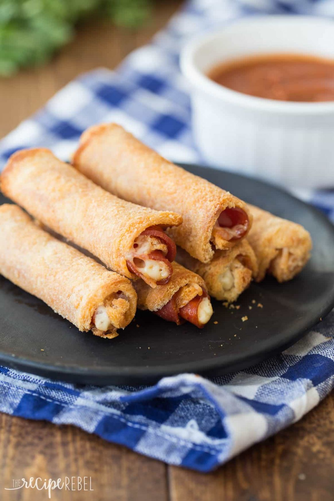 Easy Pizza Roll Ups - Recipes Using Pizza Rolls