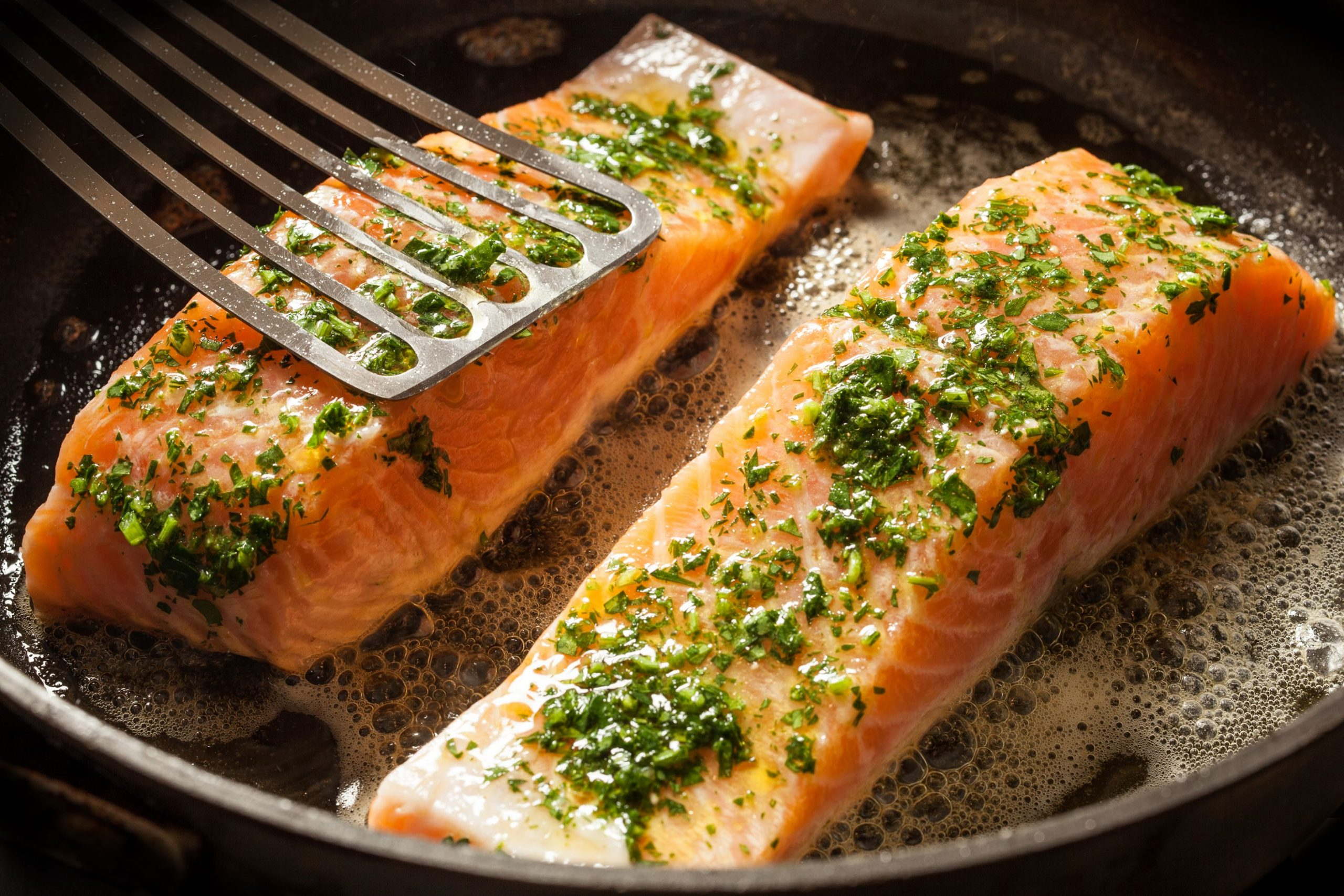 Easy Salmon with Lemon and Capers