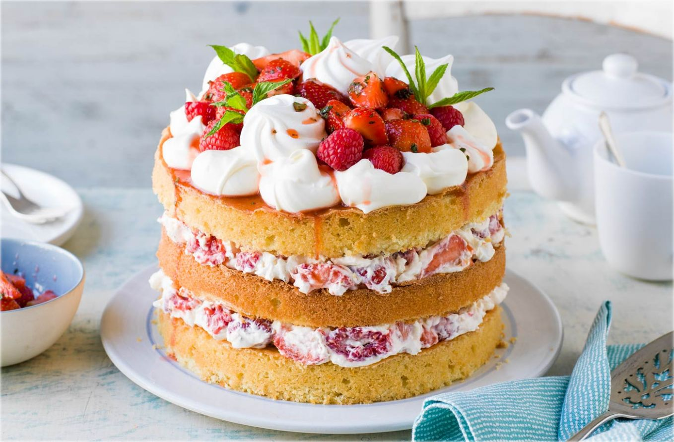 Eton mess cake - Summer Recipes Baking