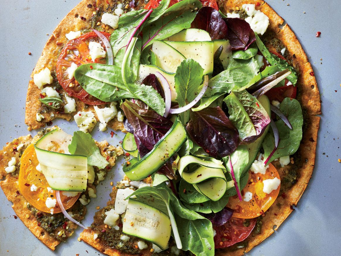 Exactly How to Cook a Veggie Pizza so It Gets Extra Crispy
