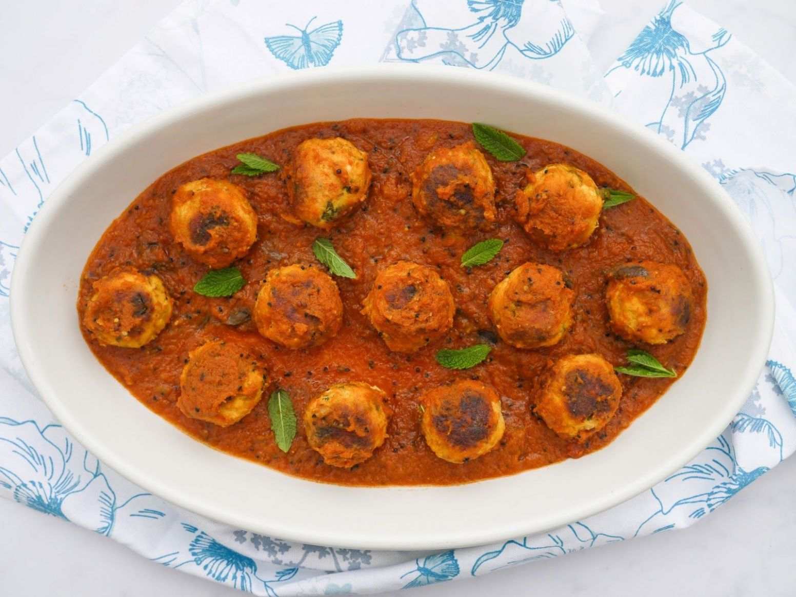 Fish Kofta Curry. | Curry, Indian food recipes, Fish curry